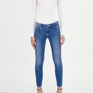 Stella McCartney Blue Light Wash Skinny Jeans